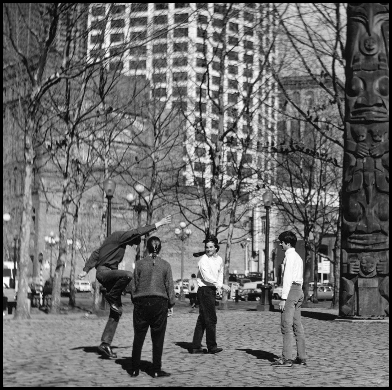 Occidental Square #15, 1990
