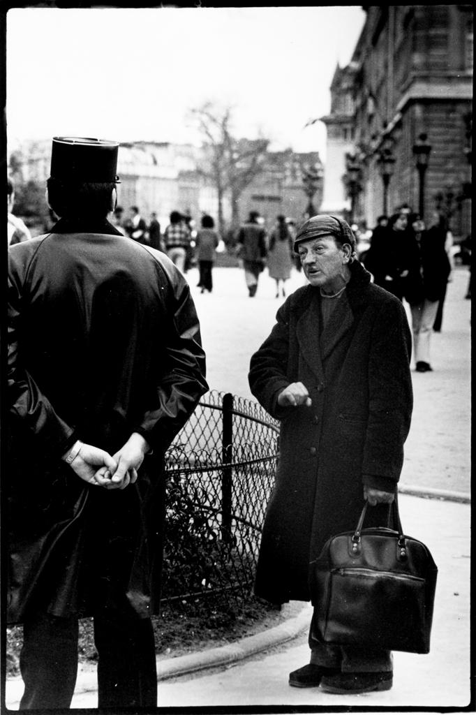 Gendarme & Clochard (street person)