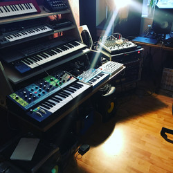 synths baby