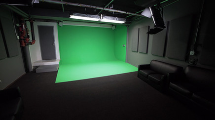 GREEN SCREEN STAGE