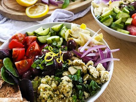 Recette de bol santé végétalien à la grecque