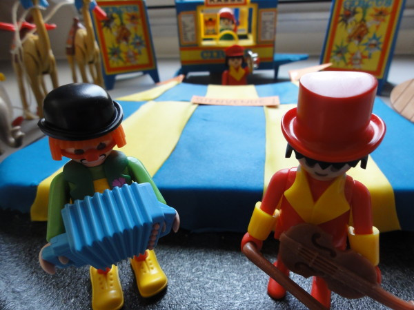gateau-cirque-et-playmobil.JPG