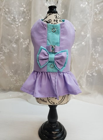 Coquine style harnais lilas et turquoise