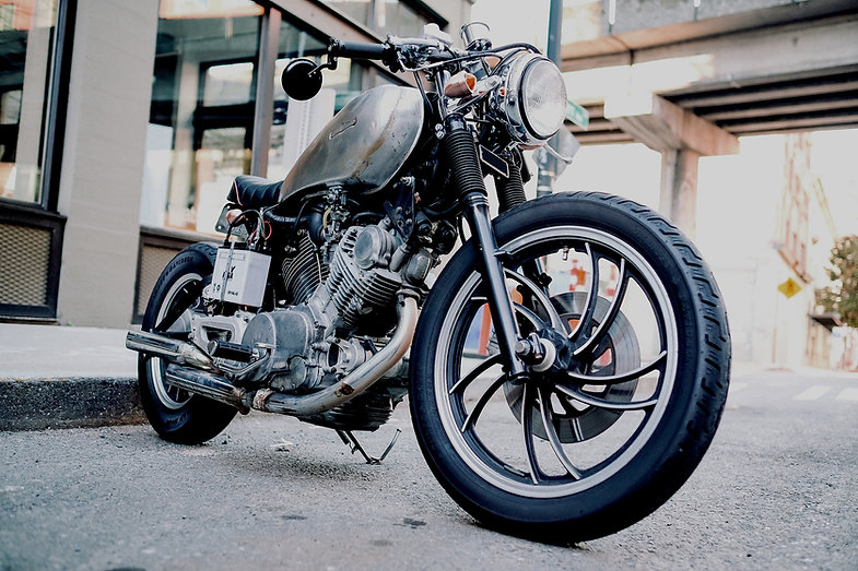 Motocicleta preta
