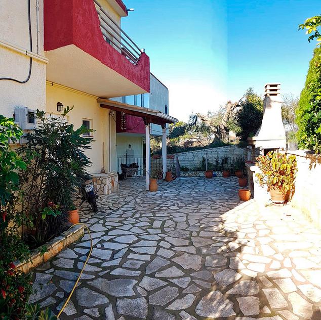 ALIKI Apartments