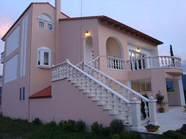 Großes Haus in Faskomilia