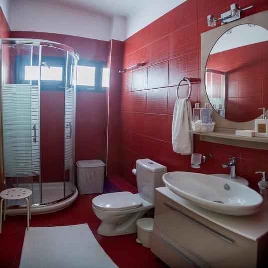2 Badezimmer
