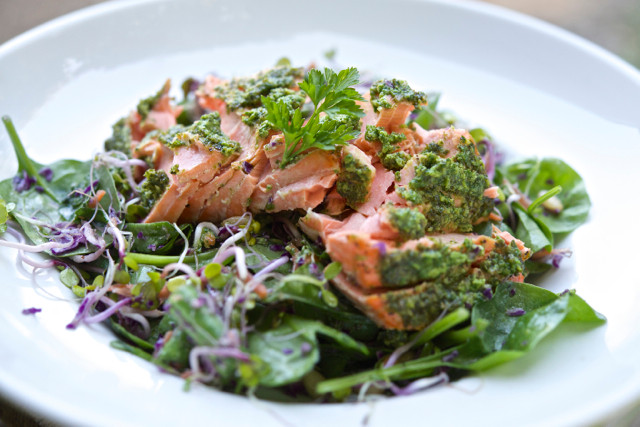 salmon-spinach-salad.jpg