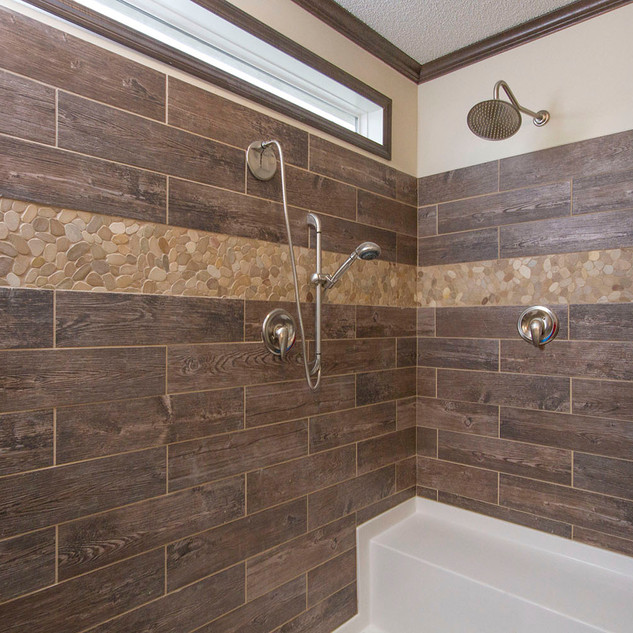 Riverside 3264-02 Master Bath Shower.jpg