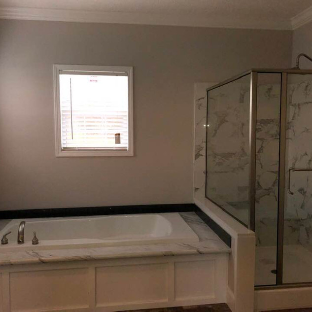 Silhouette Bath.jpg