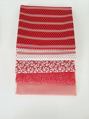 Moda Fat Quarter Red Blender Bundle (five pieces)