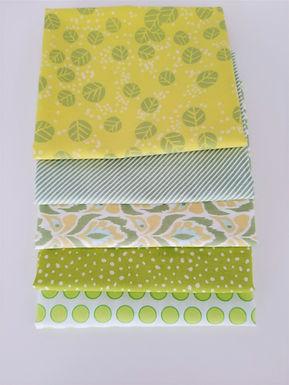Moda Fat Quarter Green Blender Bundle (five pieces)