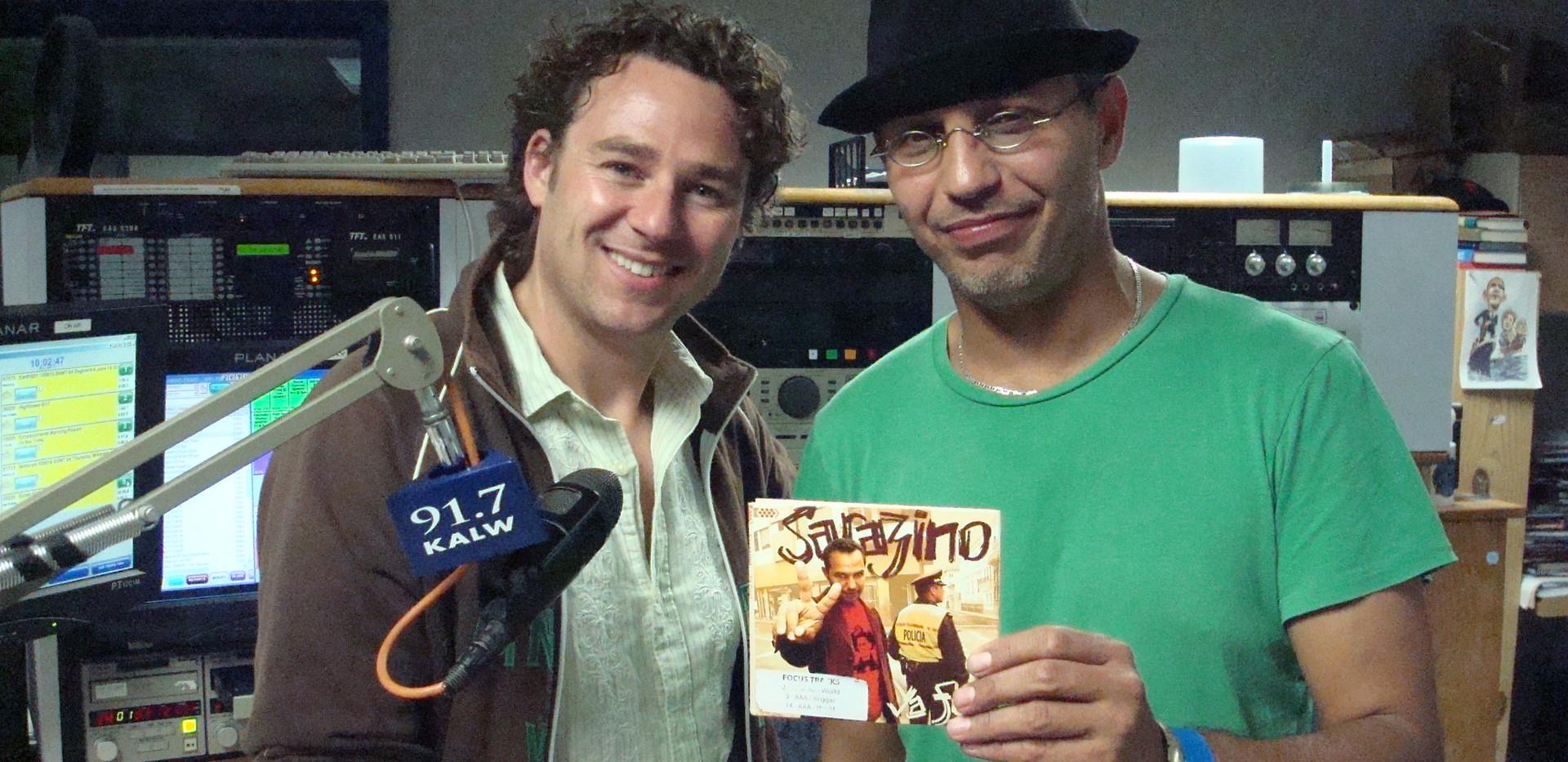 Algerian Afropop singer Sarazino  and Jacob Edgar of Cumbancha records guest on Africamix.