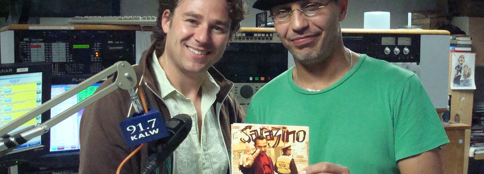 Algerian Afropop singer Sarazino  and Jacob Edgar of Cumbancha records guest on Africamix.