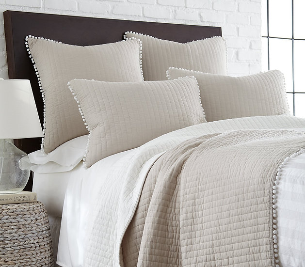 Pom Pom lightweight coverlet in taupe with quilting