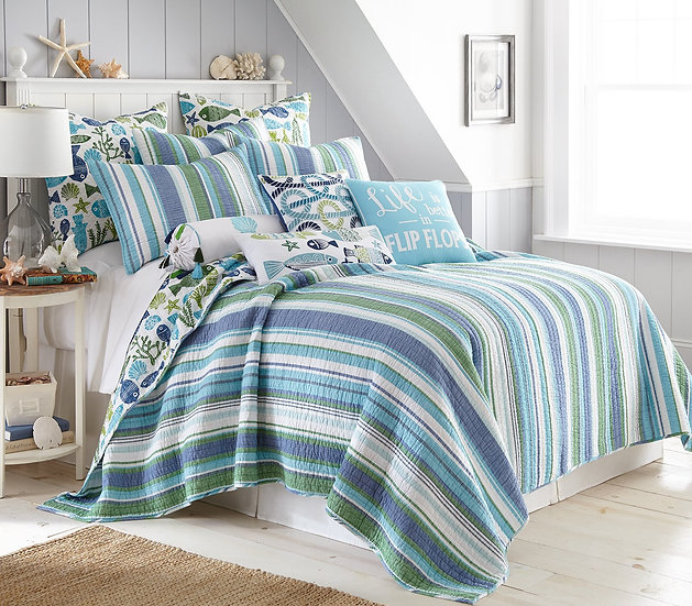 Vero Stripe quilted coverlet bedding set