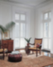 elegant-living-room-hunter-douglas-hardw