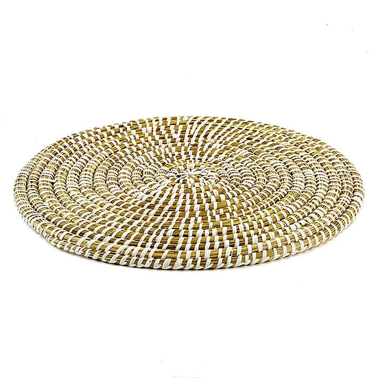 Hand woven round placemat made of rivergrass