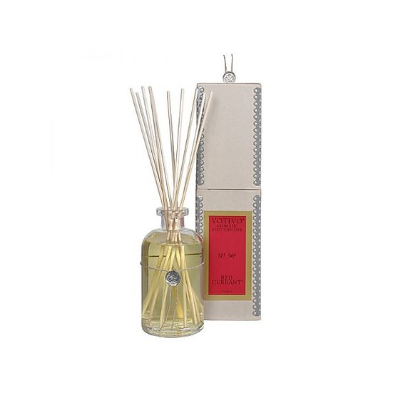 Votivo Red Currant scented reed diffuser with gift box
