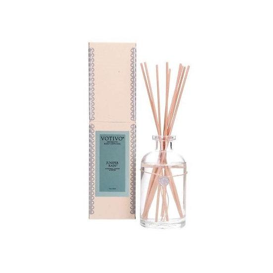 Fiber reed room scent diffuser in Juniper Rain by Votivo