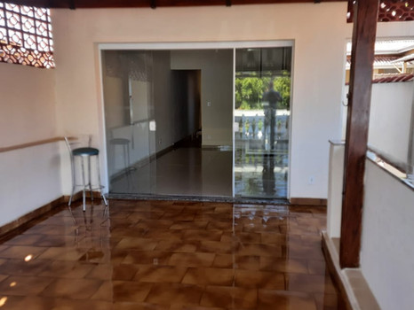 Casa à venda na rua Alfredo Pujol - R$390.000,00