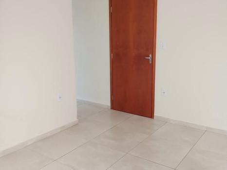 Kitnet - Av. Rio Branco - 500 - Apto 2, R$ 680,00 - S/ garagem