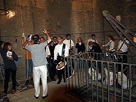 grupo de toque  de tambores y de campane