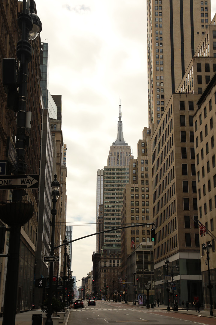 5th Ave, Empire