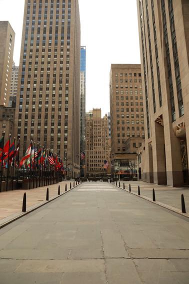 Rockefeller Center, no tree