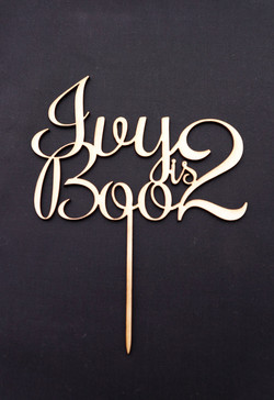 Wood Ivy Boo is 2