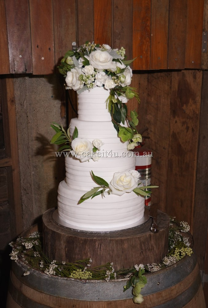 4 Tier White Fondant with Fresh Flowers 2