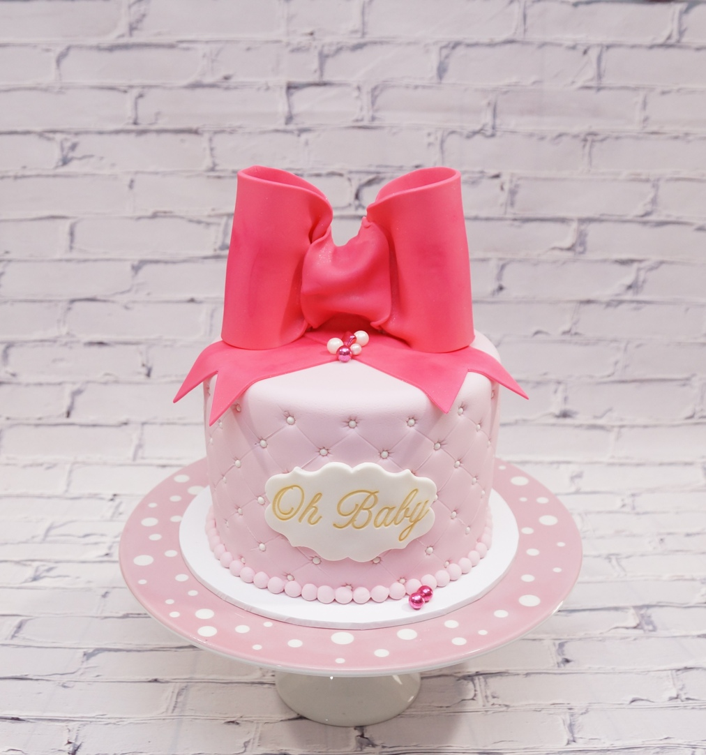 Pink Quilted Fondant with bright pink bo