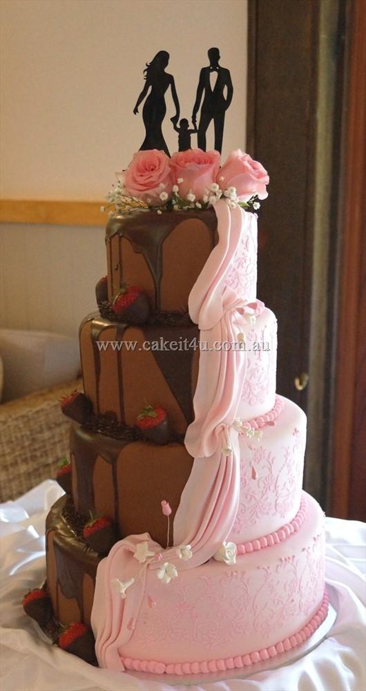 Half Pink Half Chocolate Wedding Cake 2