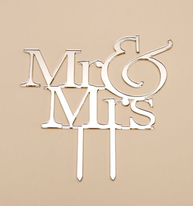 Mr & Mrs Cake Topper 1