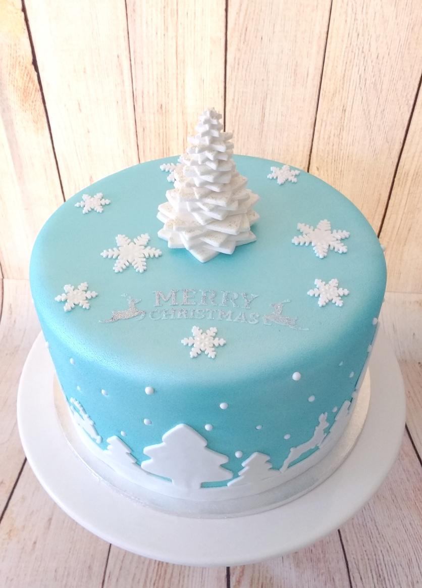 Blue Xmas Cake with White Star Xmas Tree