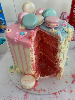 Pink & blue choc drip gender reveal cake