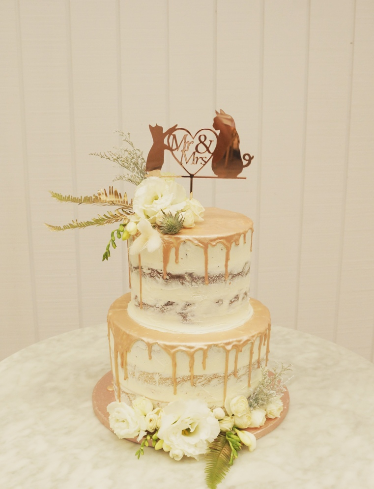 2 Tier semi Naked with rose gold choc dr