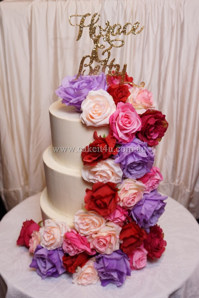3 Tier smooth buttercream with silk roses 1
