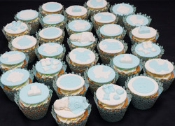 Blue & White Baby Shower cupcakes 2
