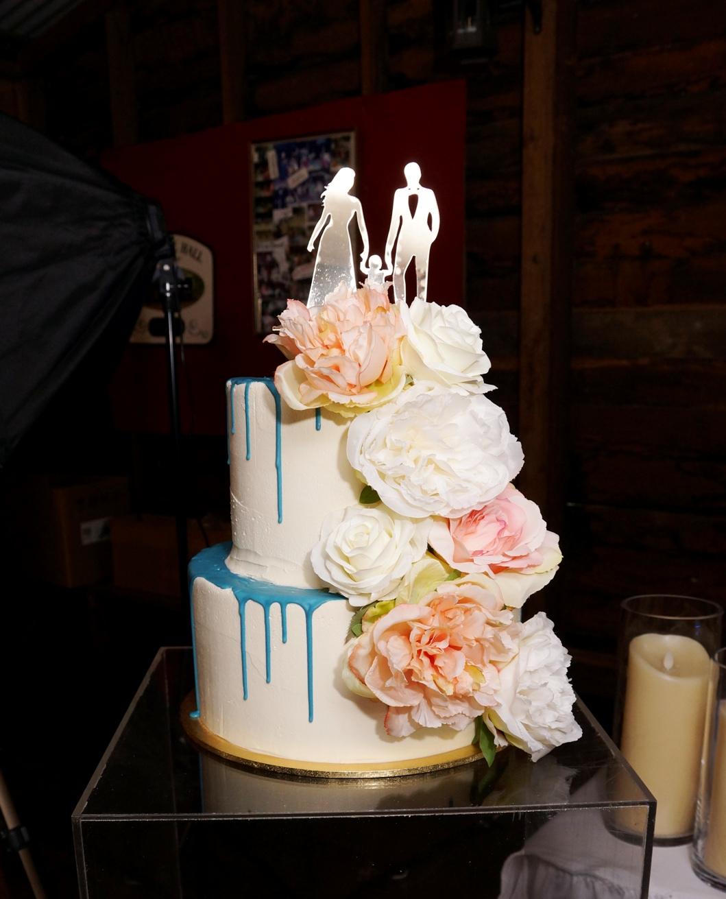 2 Tier Smooth buttercream with blue choc