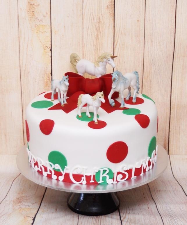 Christmas Cake with Unicorns 2