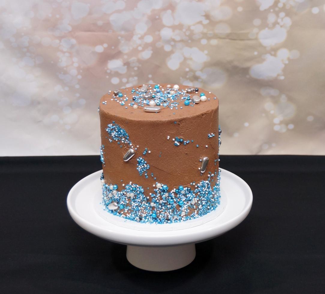 1 Tier Vegan Chocolate with blue sprinkl