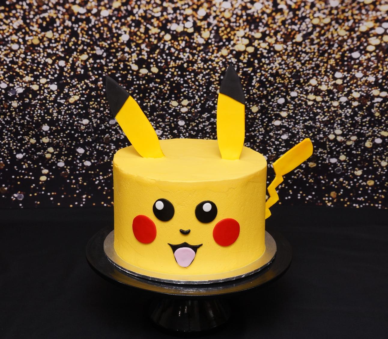 Pikachu Cake 1