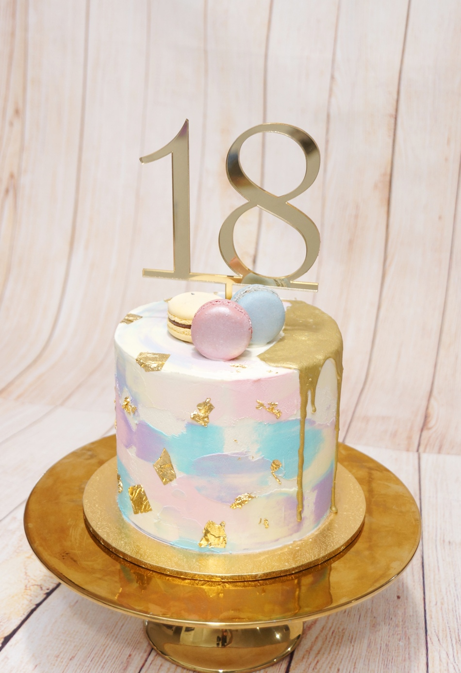 3 tone marble buttercream with gold drip