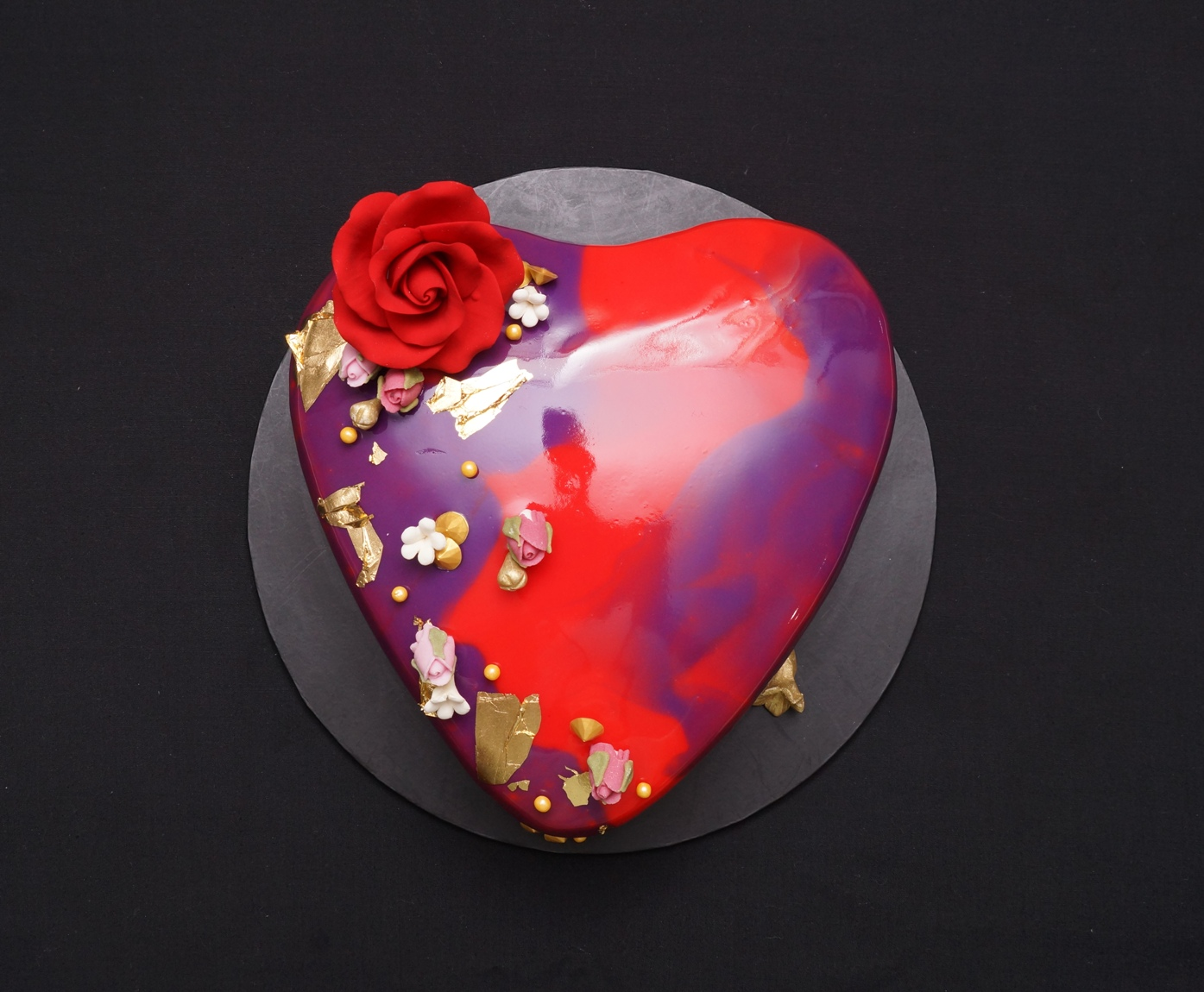 Red & Purple mirror glaze 1