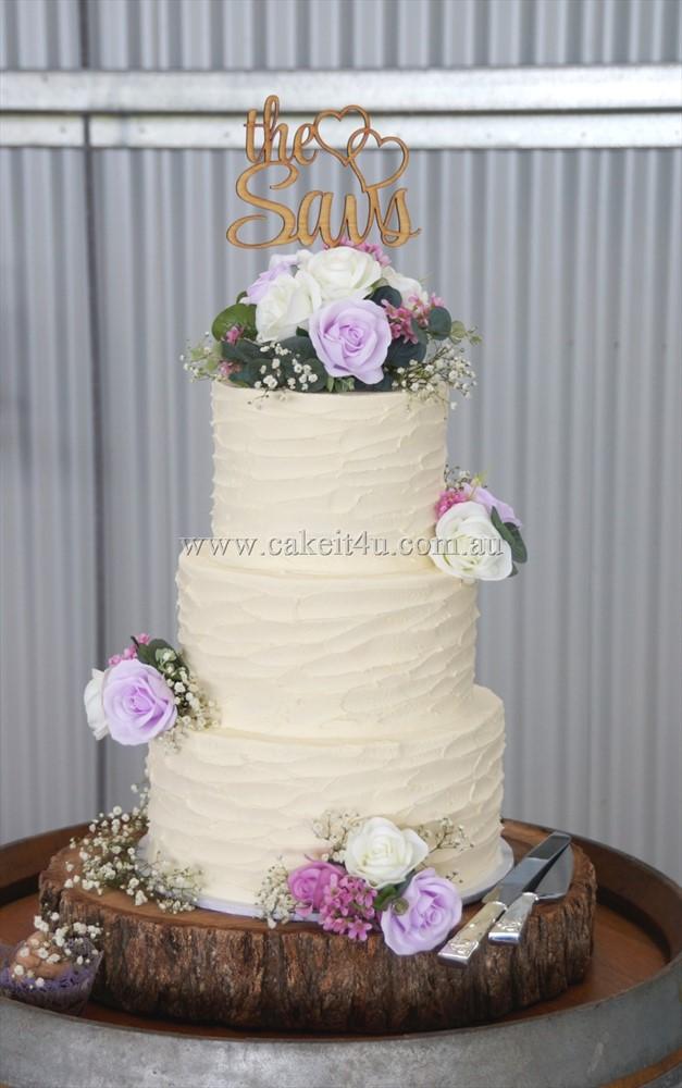 3 Tier textured buttercream Wedding Cake with silk Flowers 19.10.17 1