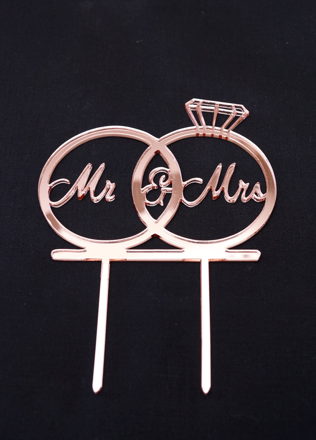 Rose Gold Mirror Mr & Mrs in rings
