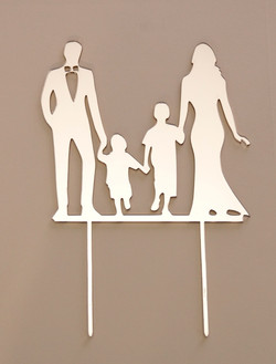 Gold Mirror couple with children