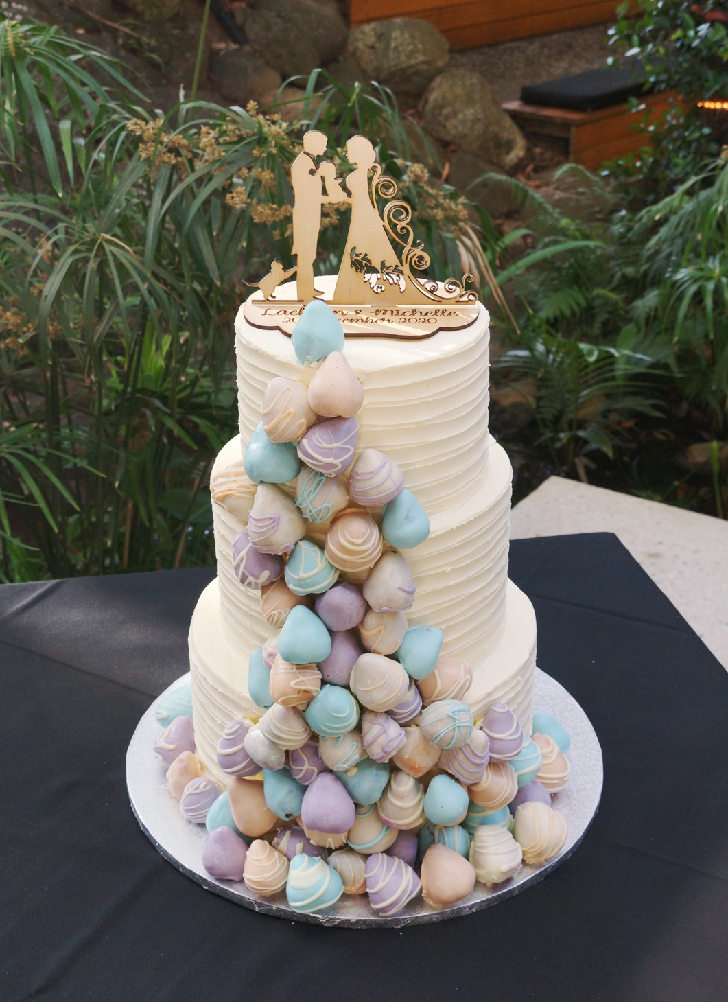 3 Tier lined white buttercream with past
