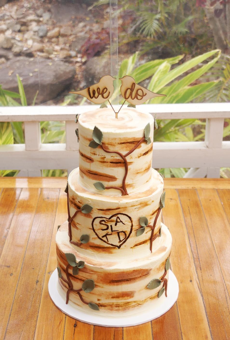 3 Tier Tree bark buttercream wtih fondan